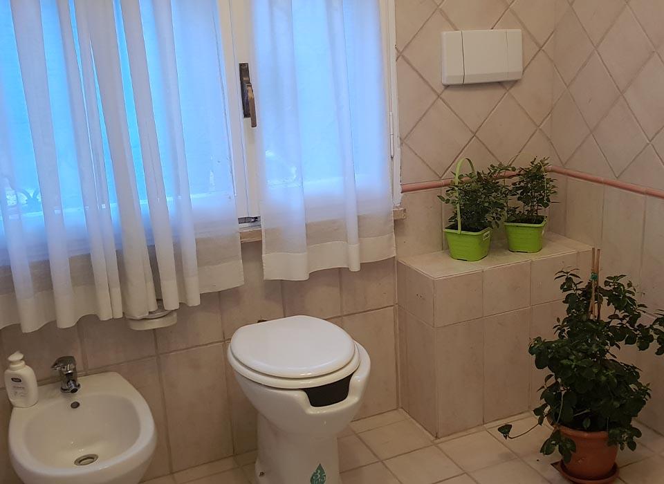 residenza-anziani_grottaferrata_struttura_bagno